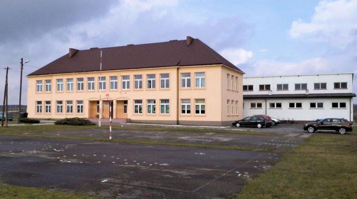 Szkołę w Komornikach uratowało miejscowe stowarzyszenie Nad Czarną