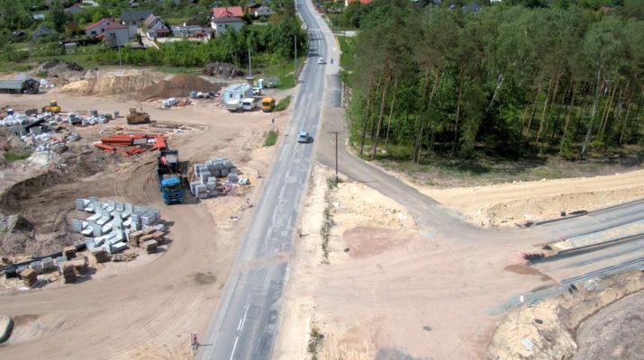 Budowa ronda na ulicy Jędrzejowskiej we Włoszczowie