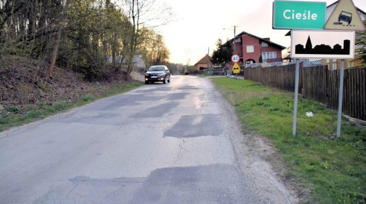 Droga powiatowa w Cieślach