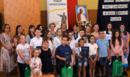 Ogólnopolski konkurs plastyczny o Janie Pawle II we Włoszczowie zakończony. Laureaci otrzymali cenne nagrody od starostw