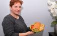 Rolada serowa z pieczarkami i kurczakiem – przepis Małgorzaty Giec z KGW Bebelno